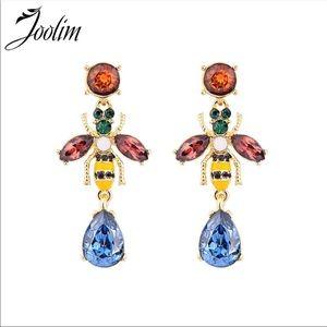 NEW! Buggy earrings